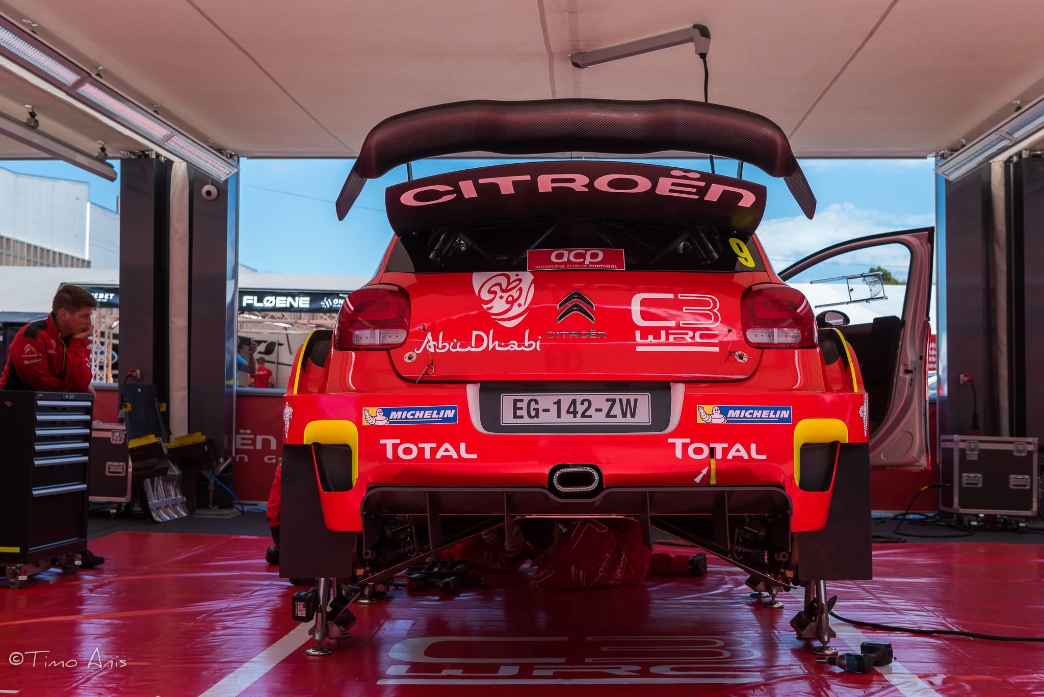 Assistance de la C3 WRC N°9