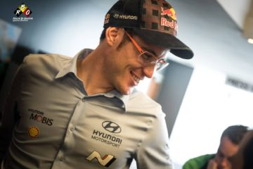 Neuville prolonge son contrat avec Hyundai