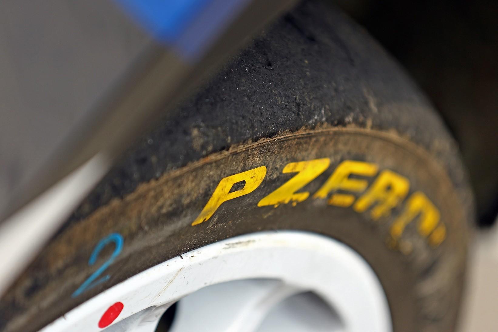 Pirelli recherche un pilote